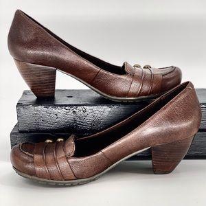 BARETRAPS-Size 6-Rich Chocolate Trina Heels